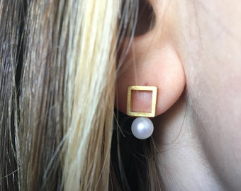 Pearl earrings. Freshwater pearls with a square of gold. Dangle earrings, you can wear them for every occasion.