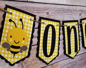 Gingham Bee High Chair Banner, bee banner, bee high chair banner, bee party, bee theme, 1st birthday banner, 1st birthday party, bee decor