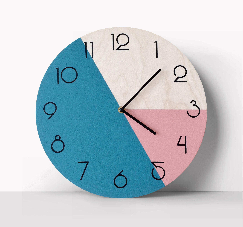 Wooden Geometrical Star Silhouette Wooden Wall Clock