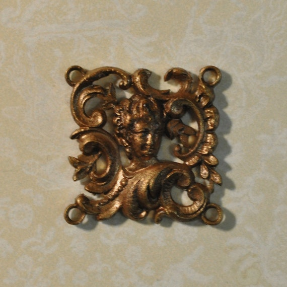 Vintage French Filigree Fleur de Lis Shoe Buckle Finding Gold Toned Thick Raw Brass Stamping 1 Piece 320J