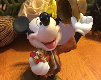 Disney Bob Crachit Mickey Mouse Christmas Convention Ornament