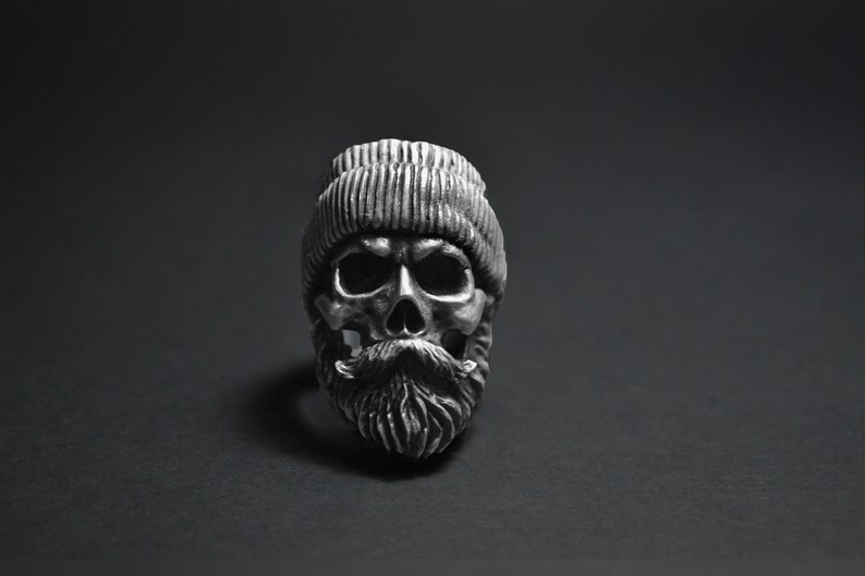 38af26bb64fe1 BOXER bearded skull ring with beanie hat beard mustache