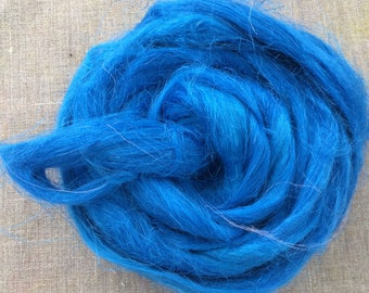 Blue Iris Dyed Flax Roving Vegan Fiber 100 gr Spin Flora organic plant fibre cellulose top  sliver doll hair handspinning Free Shipping