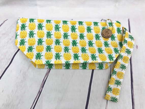 Pineapple Cosmetic bag| accessories bag| makeup bag| Travel bag| 8 x 6 inches
