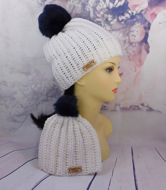 white Mommy and me set| Matching beanie set| Crochet mom and baby| Faux pom pom beanie set| white with navy pom pom