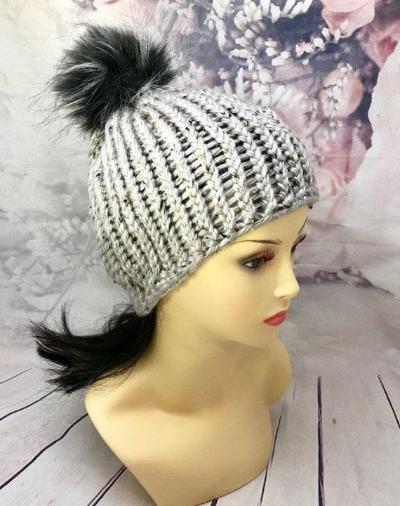 Gray hat| gray tweed hat| Gray beanie| Gray knit hat| pom pom