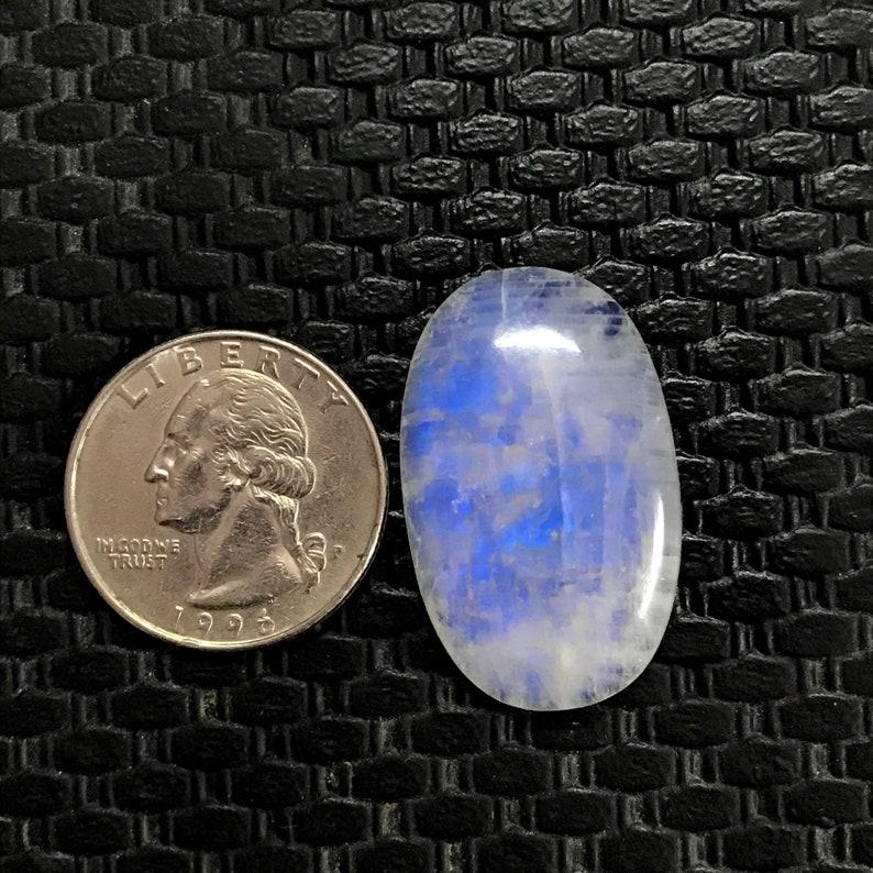 Natural Oval Shape Rainbow Moonstone Gemstone Size 32*20*6mm 34Cts Jewelry Supplies Beautiful AAA Blue Flashy Rainbow Moonstone Cabochon