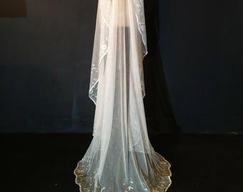9f49738d87c52 Chapel Length Antique Wedding Veil - JB11
