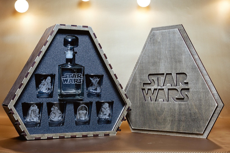 Star Wars Star Wars Gift  Star Wars Whiskey Decanter Set image 0