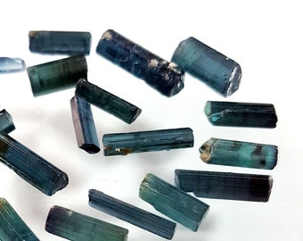 Natural Blue TOURMALINE Raw Rough Gemstone Tourmaline Crystals Tourmaline Minerals Loose Gemstone 6.5-10 mm 30 pieces 22 ct. E8074