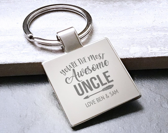 Personalised engraved AWESOME UNCLE keyring gift, Father's Day gift metal key chain - 5580AWE2