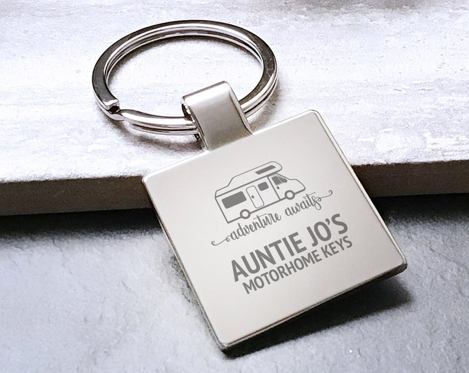 Personalised AUNTIE aunt aunty MOTORHOME keyring square metal keychain gift, adventure awaits - 5580MH7