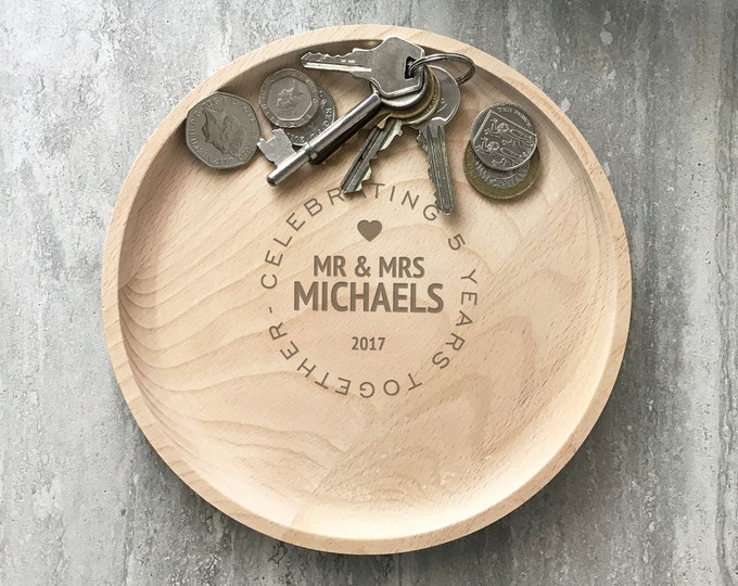 Engraved wood valet tray, Couples Mr & Mrs gift, 5th wood wedding anniversary coin key trinket accessory tray, home decor RVA-2