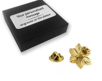 Welsh daffodil lapel pin badge, tie pin, brooch accessory, boutonniere - personalised engraved gift box - 103