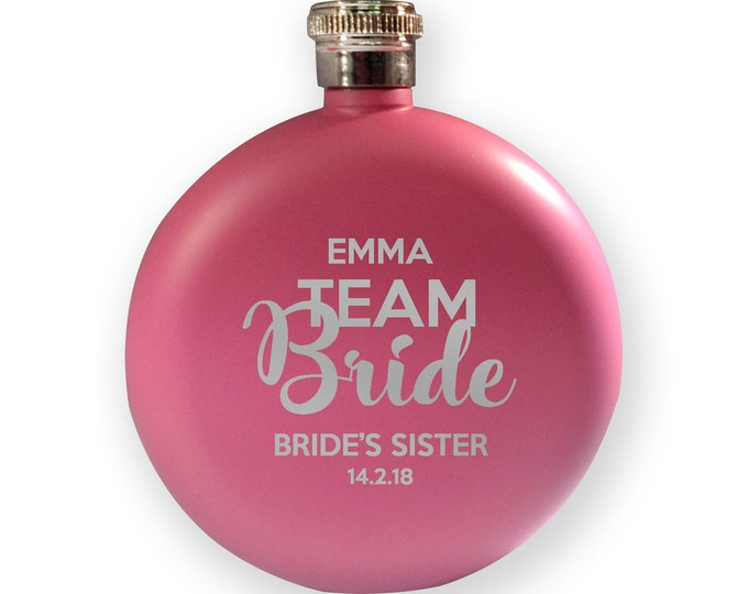 Engraved HEN BACHELORETTE hip flask gift, Team Bride - sister of the bride - 5PK-HENT5