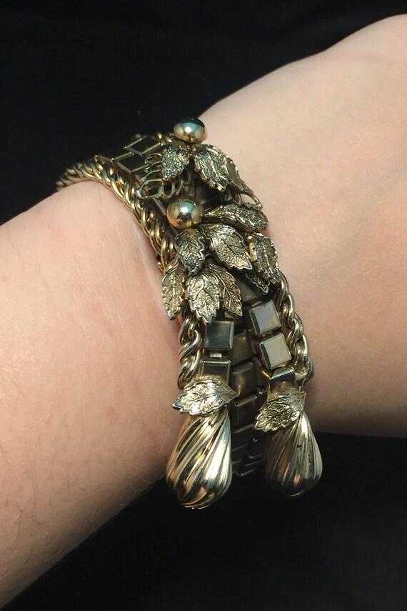 Funky Mid Century Modern Gold Tone Bracelet, State