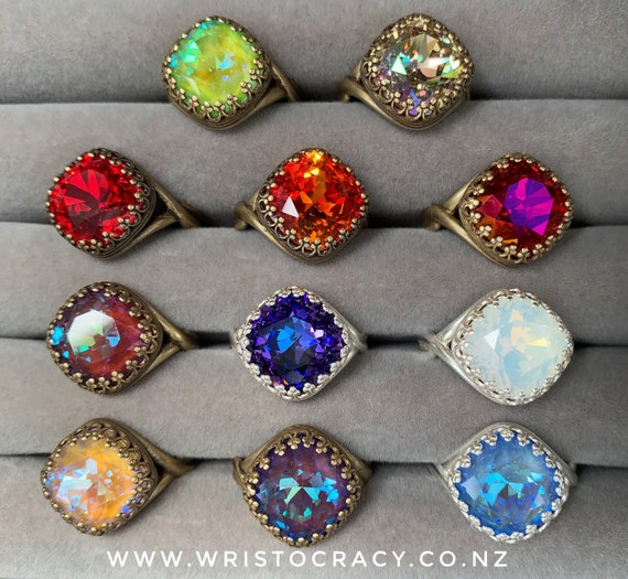 Wristocracy - Swarovski Crystal Rings - Crown Square - Antique Brass