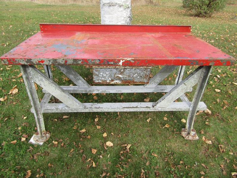 Magnificent Vintage Steel Industrial Work Bench Stand Table Kitchen Island Home Decor Steampunk Shabby Utility Rusty Gold Machost Co Dining Chair Design Ideas Machostcouk