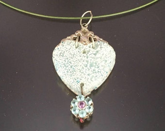 Specked Heart of Victoria Necklace