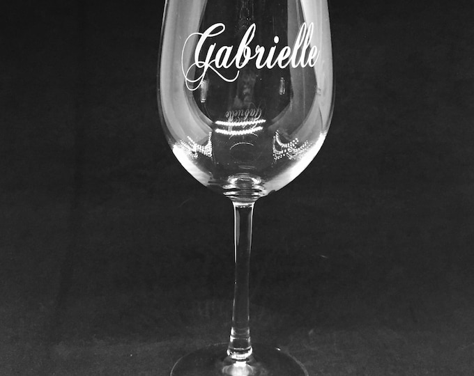 Elegant Wine Glass • FREE SHIPPING