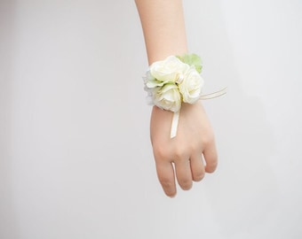 Bridesmaid Wrist Corsage, Wedding Flowers, Wedding Corsage, White, Corsage, Blush Corsage, Prom Corsage