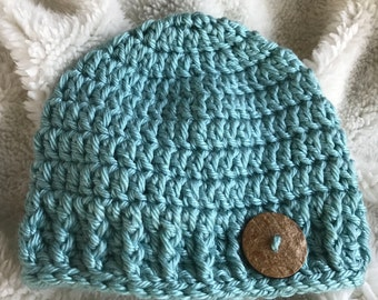 Simple crochet baby hat with button / baby boy hat / baby girl hat / gender neutral hat / baby gift