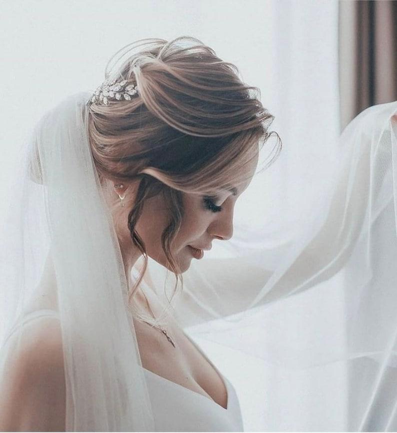 Emerald Bridal hair vine Green hair vine Wedding hair pieces Simple hair vine Crystal halo Bridal hair vines Crystal headpiece