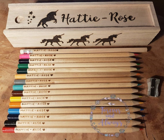 PERSONALISED ENGRAVED WOODEN PENCIL CASE BOX WITH 12 COLOURING PENCILS ANY NAME