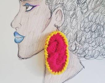 Textmarker Seil, gehäkelte Ohrringe, Textmarker Pink und gelb, Gold Plated Haken, leichte, Ohrringe, hausgemachte Ohrringe Schmuck,