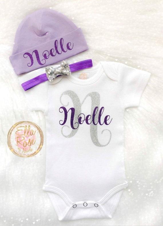 28d50733abbf Personnalisé naissance emporter tenue fille   bébé fille   Etsy