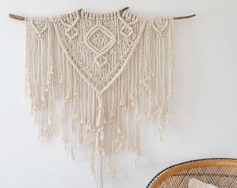 Large Macrame Wall Hanging / Boho Wall Hanging / Modern Macrame /  Wall Tapestry / Wedding Decor / Macrame Tapestry / Boho Decor / Gift For