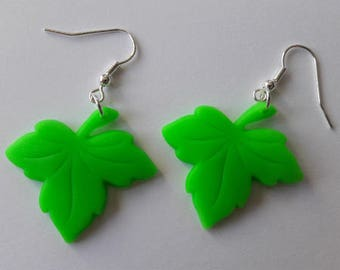 leaf earrings made of cold porcelain