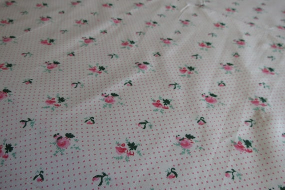 COTTON QUILTING FABRIC SOLD BY THE YARD GRAY W//PINK POLKA DOTS