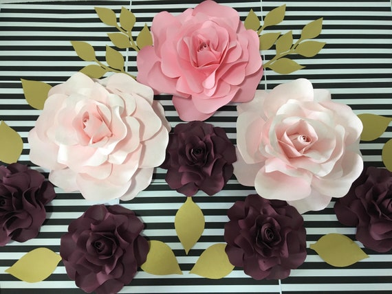 Party Supplies Set of 8 Paper Flowers