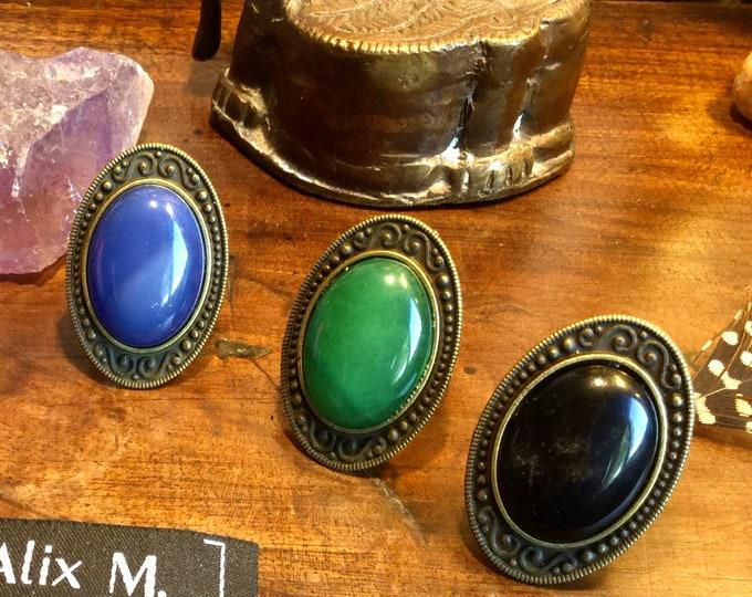 Featured listing image: Grandes Bagues vintage rétro en Agate bleue, Agate veine rose, Amazonite Russe Obsidienne et Jade vert de Malaisie