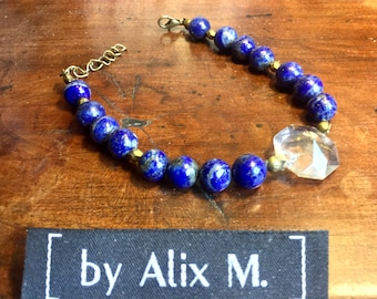 Bracelet, with clasp, in Lapis-lazuli and Ancient Pampille