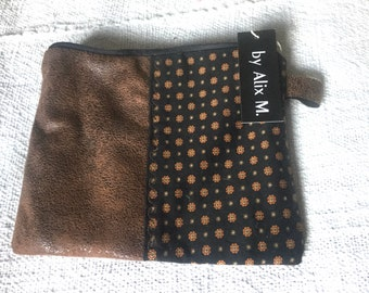 Chic English-style men's clutch!