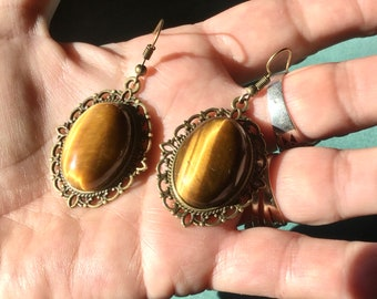 Large baroque earrings in Tiger's Eye