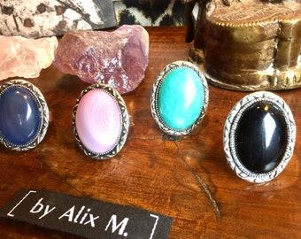 4 Bagues argentées rétro en Agate bleue, Agate veine rose, Amazonite Russe et Obsidienne