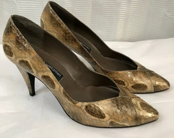 14108f51ddf1 Vintage Stuart Weitzman for Mr. Seymour Snakeskin Pumps Size 8M