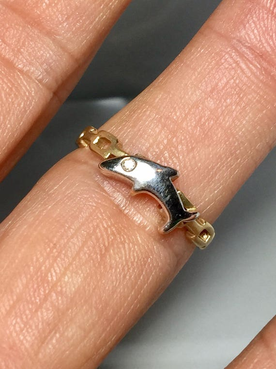 14k Gold Ladies Dolphin Ring - 14k Gold Dolphin je