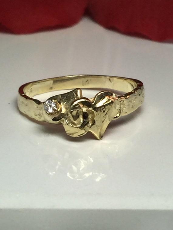 Vintage Diamond 14k solid gold Ladies double hart