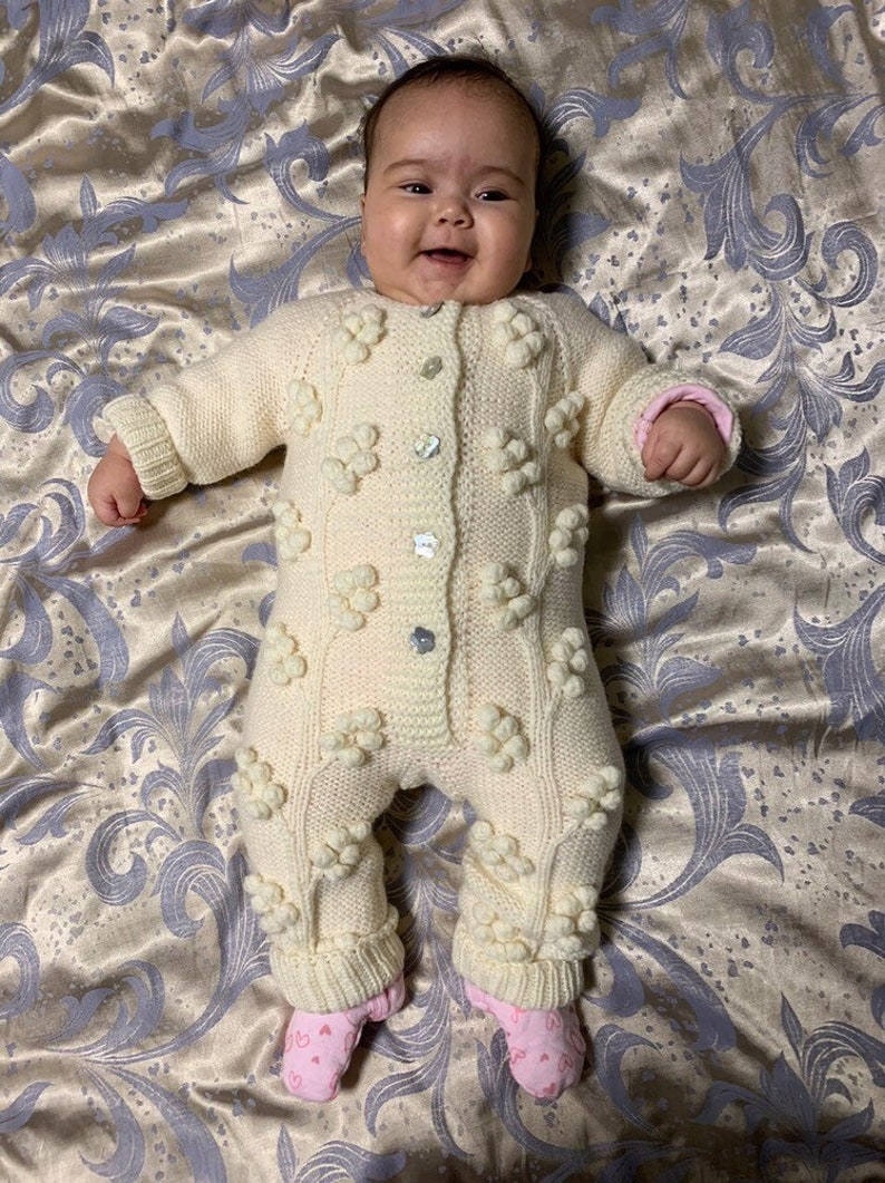 MADE TO ORDER Baby jumpsuit Handknitted wool jumpsuit Coming home outfit Baby coveralls Baby girl outfits