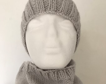 Child's Handknitted Grey Pure Wool Beanie Hat and Cowl Set Size 10-12 Years
