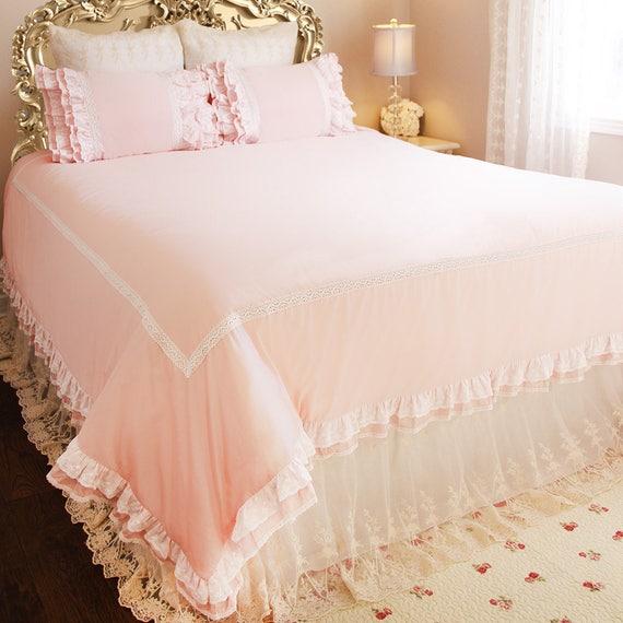 NEW Elegant Blush Pink Crocheted Lace Ruffles 3 PCS Duvet Sham King Queen Set