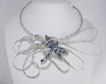 Big Bold and Chunky.Silver statement necklace.Stunning