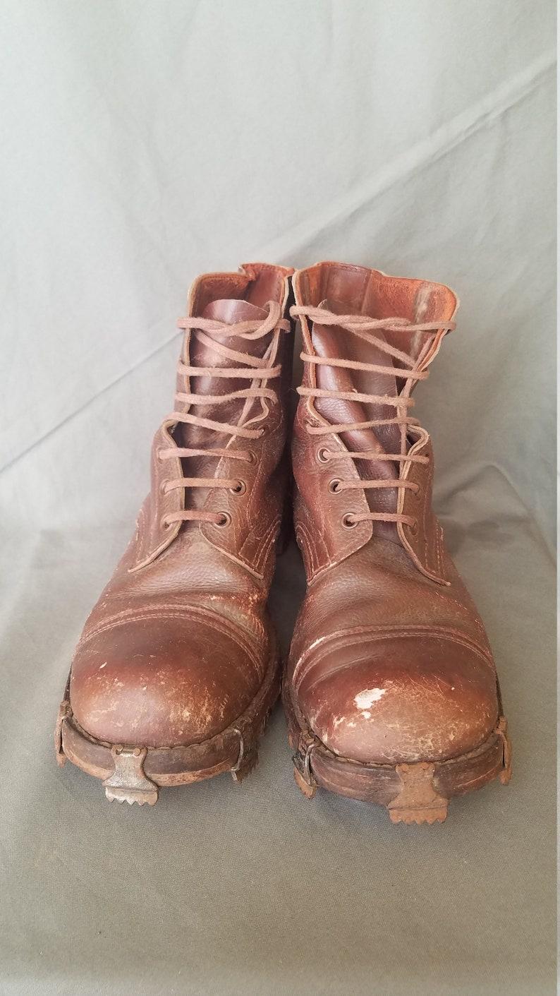 fd0b7b47c89f8 Vintage WW2 1942 SWISS TRICOUNI Hobnail Military Army Climbing Boots Size 9
