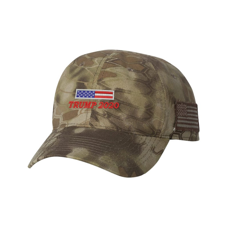 e17a743c672 MAGA Hat Make America Great Again United States Flag Camo