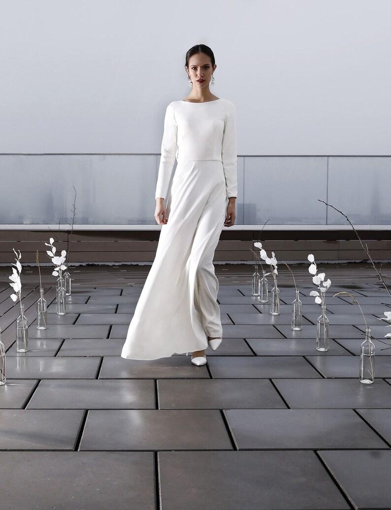 promo code 8503d 96883 Brautkleid mit Ärmel, Seidenkleid, Schlicht, Elegantes Brautkleid,  Rückenfrei, U-Boot Ausschnitt, Brautkleid einfach - Clover Kleid
