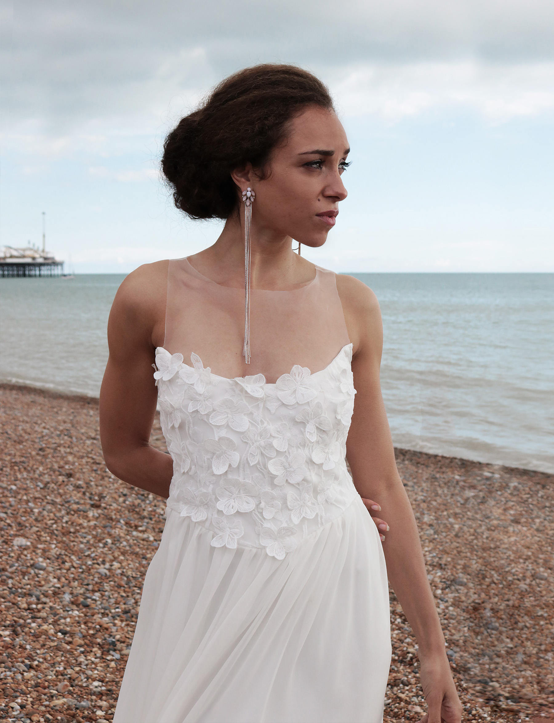 Spitzen Hochzeitskleid Romantisch Brautkleid rückenfrei